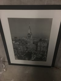 Black and white Chrysler building picture frame in a perfect condition