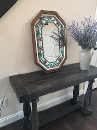 Beautiful wood mirror with design  Canton, 48187