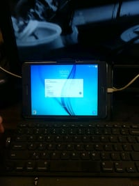 black tablet computer with keyboard East Canton, 44730