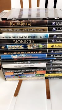 Assorted blu-ray disc case lot Providence, 02905
