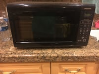 Panasonic Microwave with Inverter Technology 1200 watts West Covina, 91790