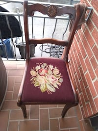 2 Identical Vintage Chairs Very Good Condition  Only $60 for both chairs!  Smoke and pet free home!  VIEW MY OTHER ADS!!! Toronto