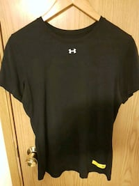 Under Armour T shirt  GUC Vancouver, V5M 1W7