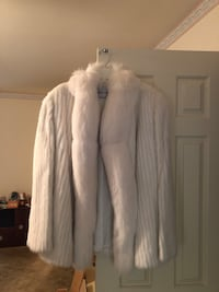 Vintage white mink coat size 18 Woodbridge, 22192