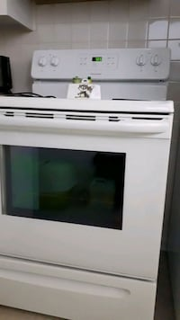 white and black electric range oven