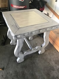 Solid wooden table 30 inches high with a 27 inch square top Port Neches, 77651