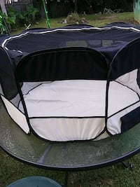 black and gray pet bed Inverness, 34453