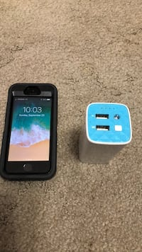 I phone 5s with portable battery Edmonton, T6L 5A9