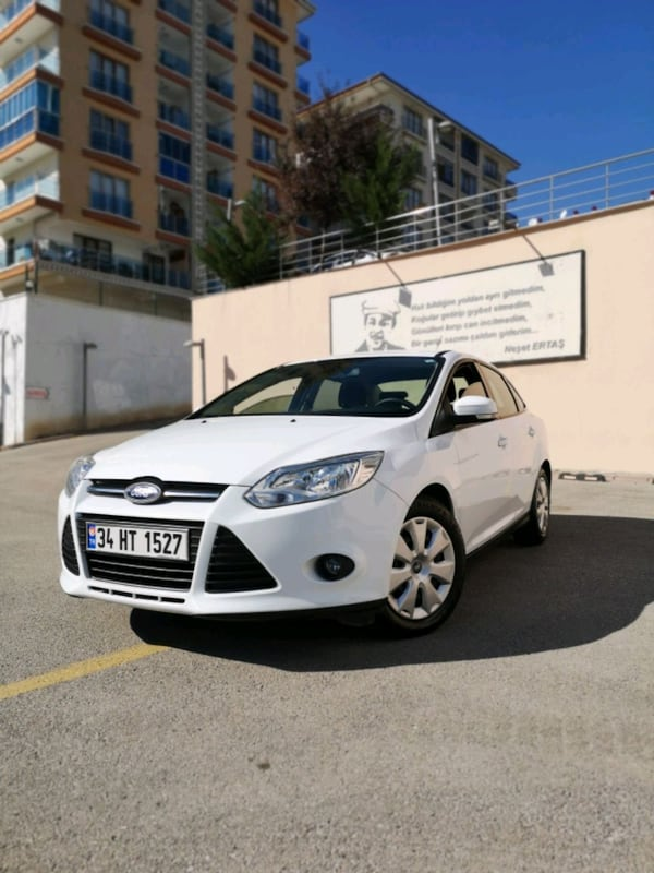 2013 Ford Focus TREND 1.6 TDCI 95PS SW 0
