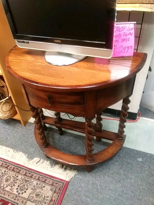 32 Inch Round Drop Leaf Wall Table