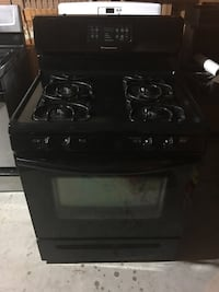 Frigidaire Black Gas Stove (Delivery Offered) Kenmore, 14217