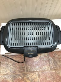 T-fal All Seasons Slimline electric bbq/grill.  Hardly used Toronto, M2P 1E4