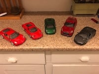 Lot of 5 model cars, 1:24 scale, good condition Detroit, 48201