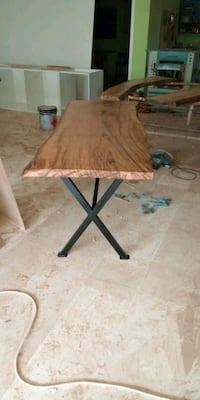 Custom Walnut Table. Vaughan, L4H 0Y1