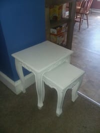 4 bed side tables included  Bellevue, 15202