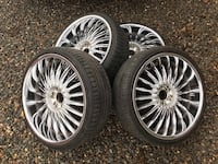 "22"" velocity wheels with tires 2345 mi"