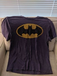 Men's Batman logo T-shirt Pitt Meadows, V3Y 2J5