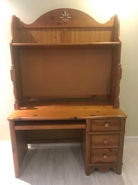 brown wooden single pedestal desk with hutch Gaithersburg, 20879