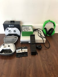 Microsoft Xbox One S 1TB Console, Elite Wireless Controller, Razor Kraken Gaming Headset, 5 Games, Charging Station and Battery packs Vienna, 22031
