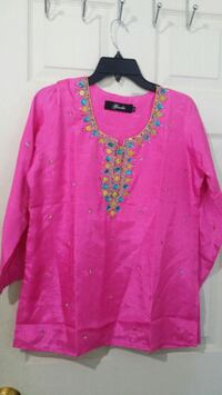pink and blue floral long-sleeved shirt Mississauga, L4T 3T3
