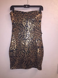 Little Black and Gold Dress 31 km