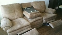Recliner sofa (delivery now available.) Las Vegas, 89104