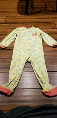 24 M sleep wear lightly used best offer Mississauga, L5C 4N9