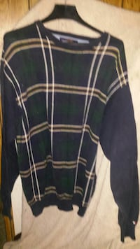 black and green plaid scoop-neck sweater