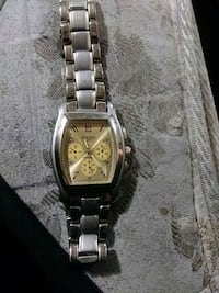 square silver chronograph watch with link bracelet Louisville, 40258