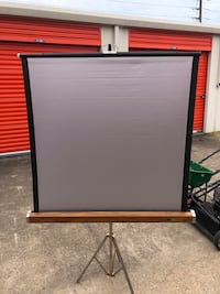 Movie projection screen or slide dhow screen
