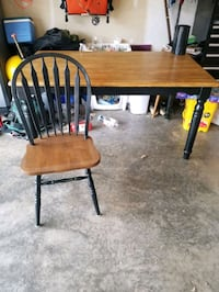 Table and  4 chairs Sumerduck, 22742