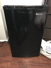 Black Magic Chef single door refrigerator Lorton, 22079
