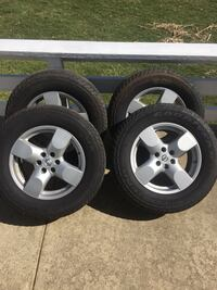 Stock OEM 2005 Nissan Xterra tires and rims 245/65r17 set of 4 Akron, 44312