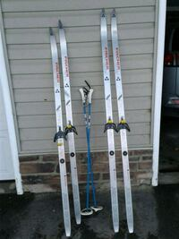 FISHER JUNIOR CROWN Cross County Skis. Made in Aus Calgary, T2X 2X7