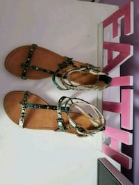 pair of brown-and-black sandals Griffin, 30223