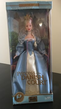 Princess of the danish court doll with window box package Waldorf, 20603