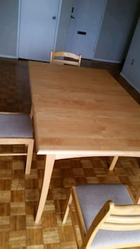 Dining Table 4 chair Mississauga, L5A 1B4