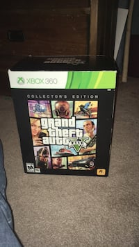Grand Theft Auto Five XBOX 360 collector's edition (without discs)