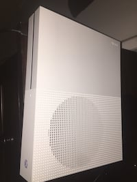 Xbox one S barley use Fairfax, 22032