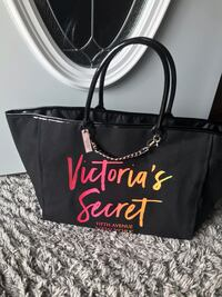 NEW VICTORIA SECRET TOTE LARGE SIZE ASKING $20 FIRM  Belvidere, 61008