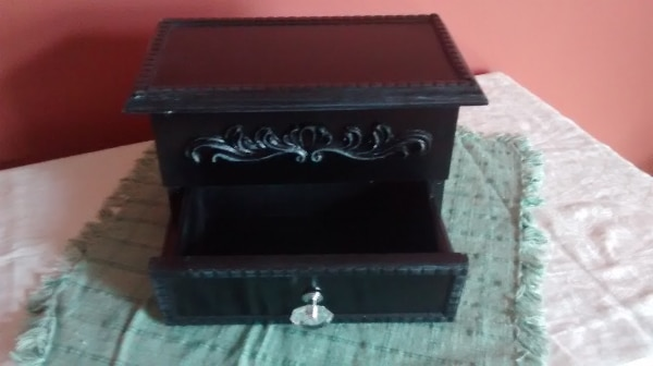 Wooden Jewellery box 1