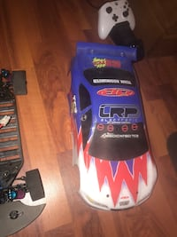 Rc remote control car with parts and extra batteries g Mississauga, L5B 4E2