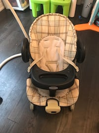 Greco baby swing and portable baby seat Brampton, L6Y 1N6