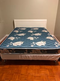 Queen bed & Frame 34 km