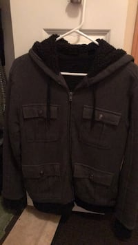 Jacket size small Saint Paul, 55104