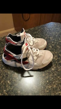 Lil boys Nike tennis shoes size 3 Odessa, 79763