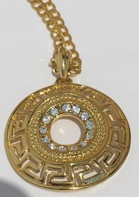 18kt plated Versace style pendant medallion chain necklace