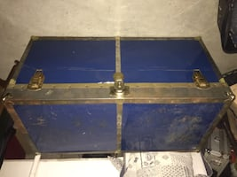70's Metal Chest