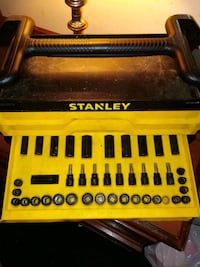 Stanley wrench 150 pcs  Cookeville, 38501