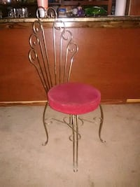 Chair very old make-up chair Terrell, 75160